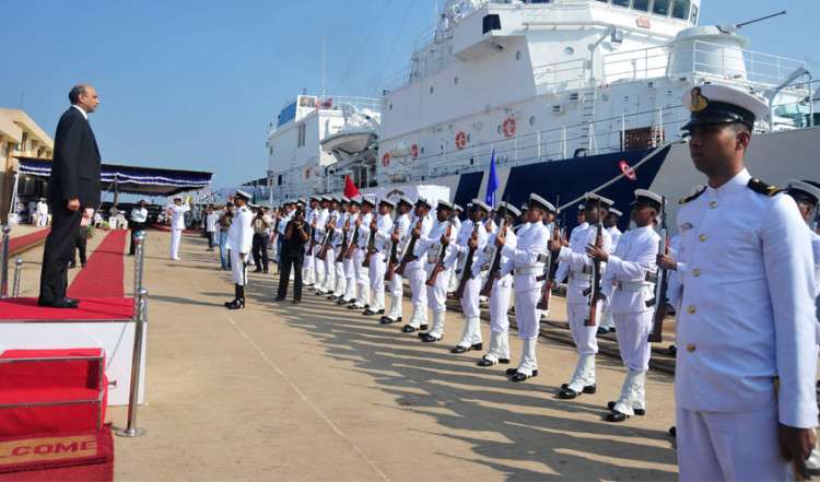 vacancies for 10th passed candidates in indian coast guard