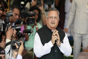 BJP compares Raman Singh with 'Bhishma Pitamah', Congress said- That is why he will lose