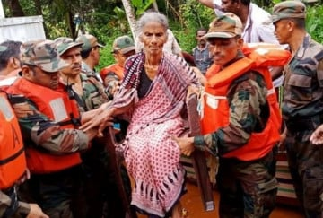 Kerala Flood: From bridges to Airlifts, Army rescue thousands of people